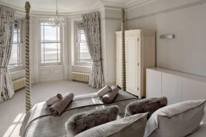 Self Catering Holiday Cottages, Woolacombe, Devon - Master Bedroom Suite With Sea Views